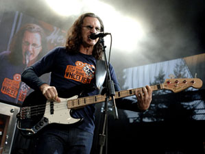 Geddy Lee Named Second-Best Bassist of All Time