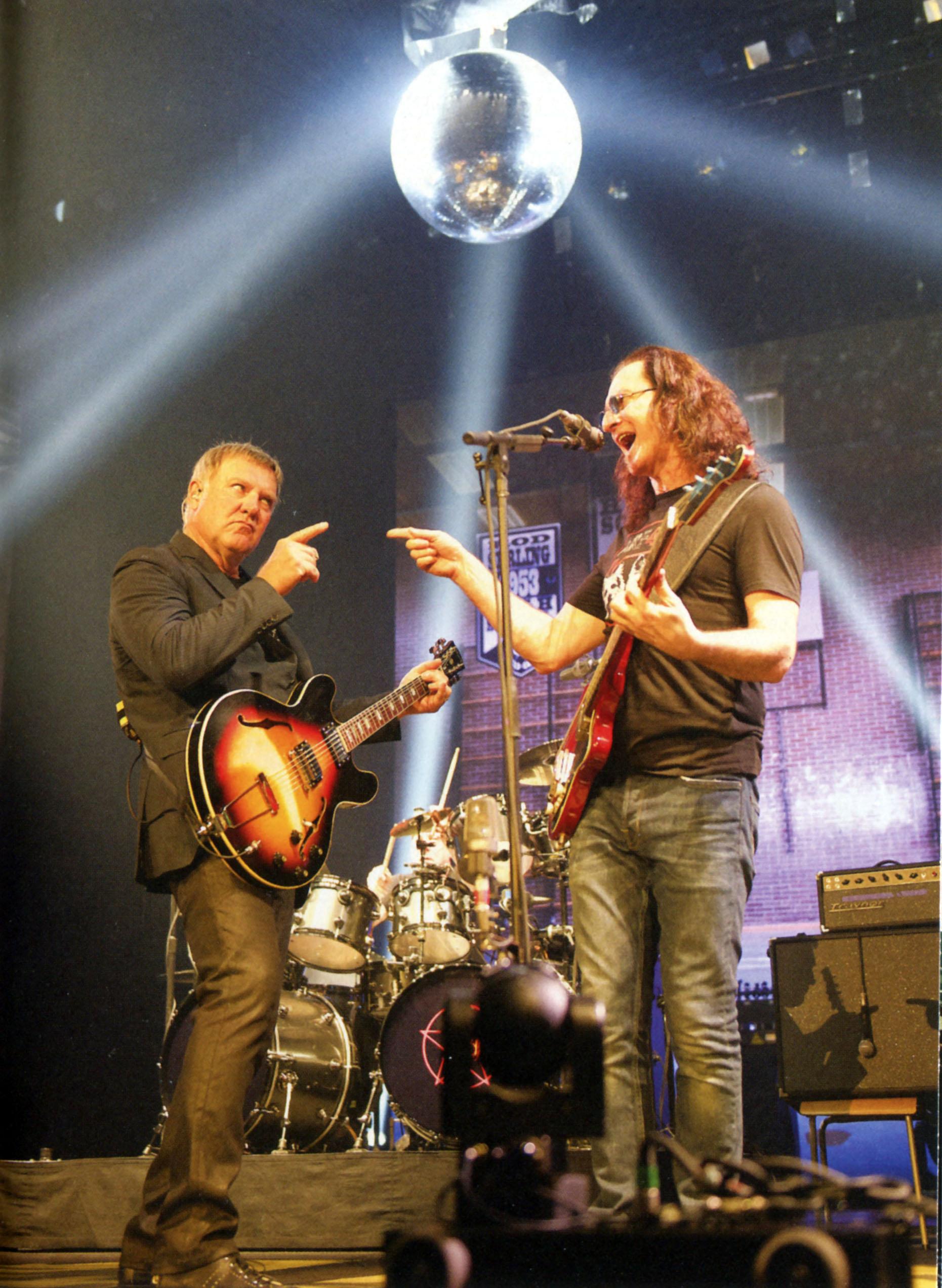 Rush: R40 Live - Album Artwork