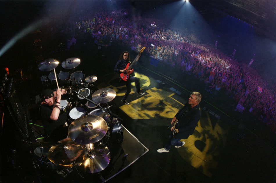 Rush's R40 Live - Album Liner Notes, Tracking Listing, Artwork, and More